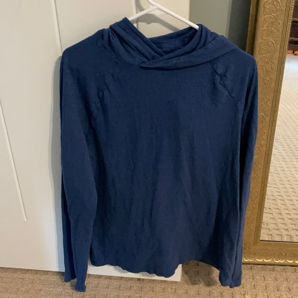 Banana Republic soft hooded Vintage Tee size L
